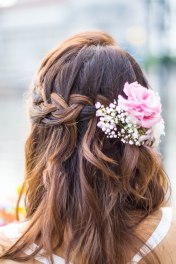 Very pretty hair.